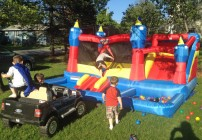 Summer Fun With the Blast Zone Misty Kingdom Bounce House and Water Park
