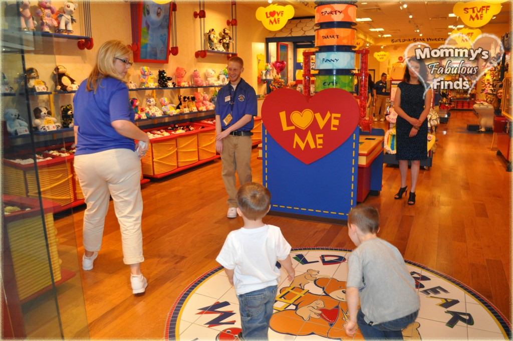 build a bear workshop grand opening