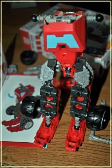 hasbro transformers contruct bots