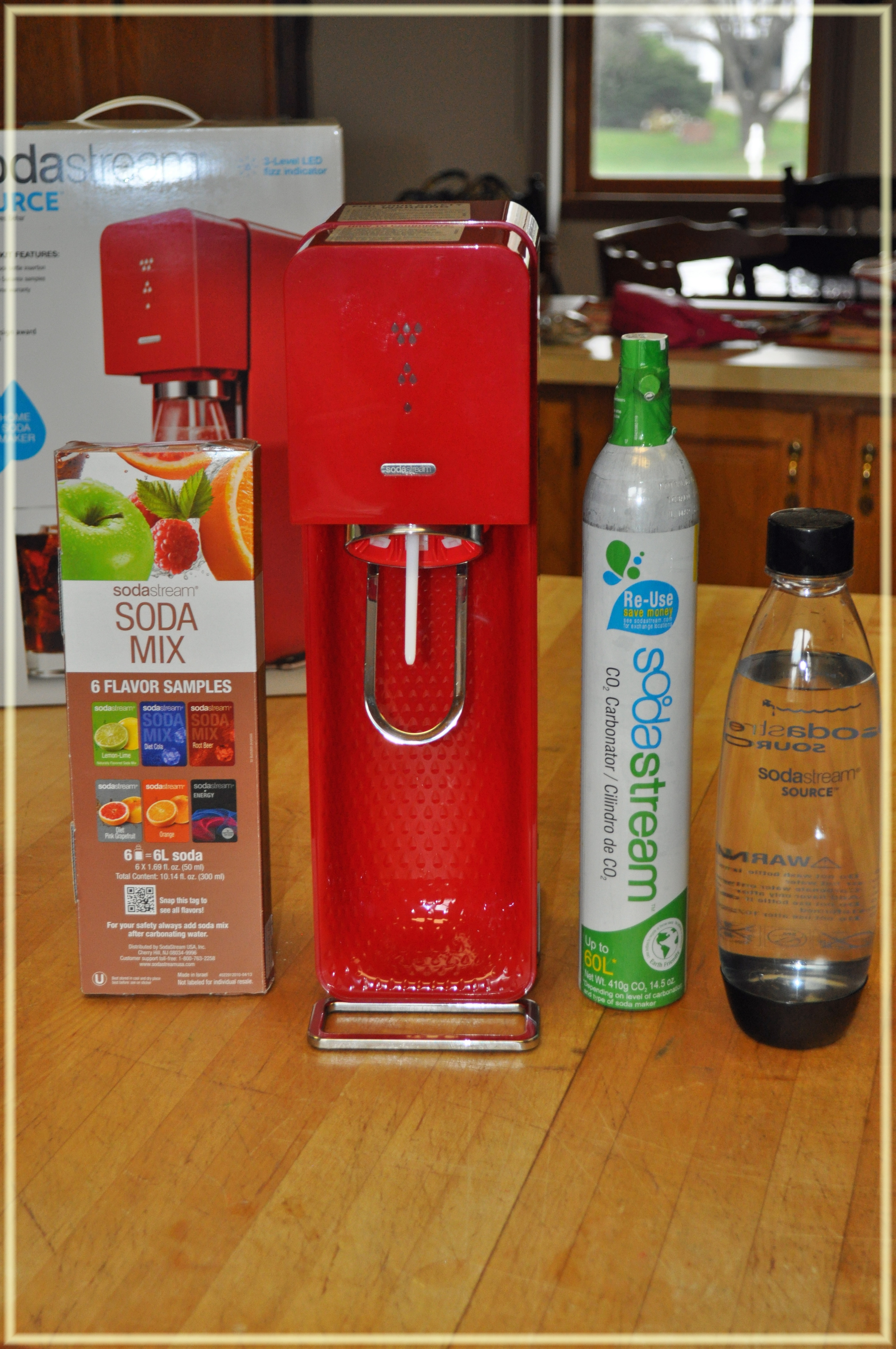 Holiday Gift Guide: Sodastream Soda Maker + #Giveaway