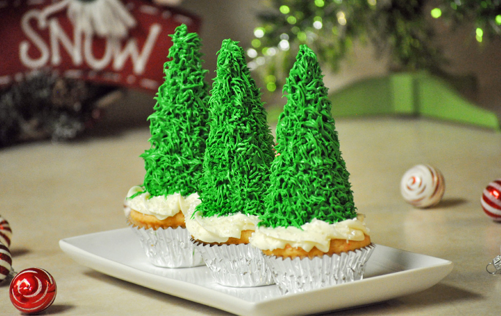 Christmas Tree Cupcakes Made With A Sugar Cone