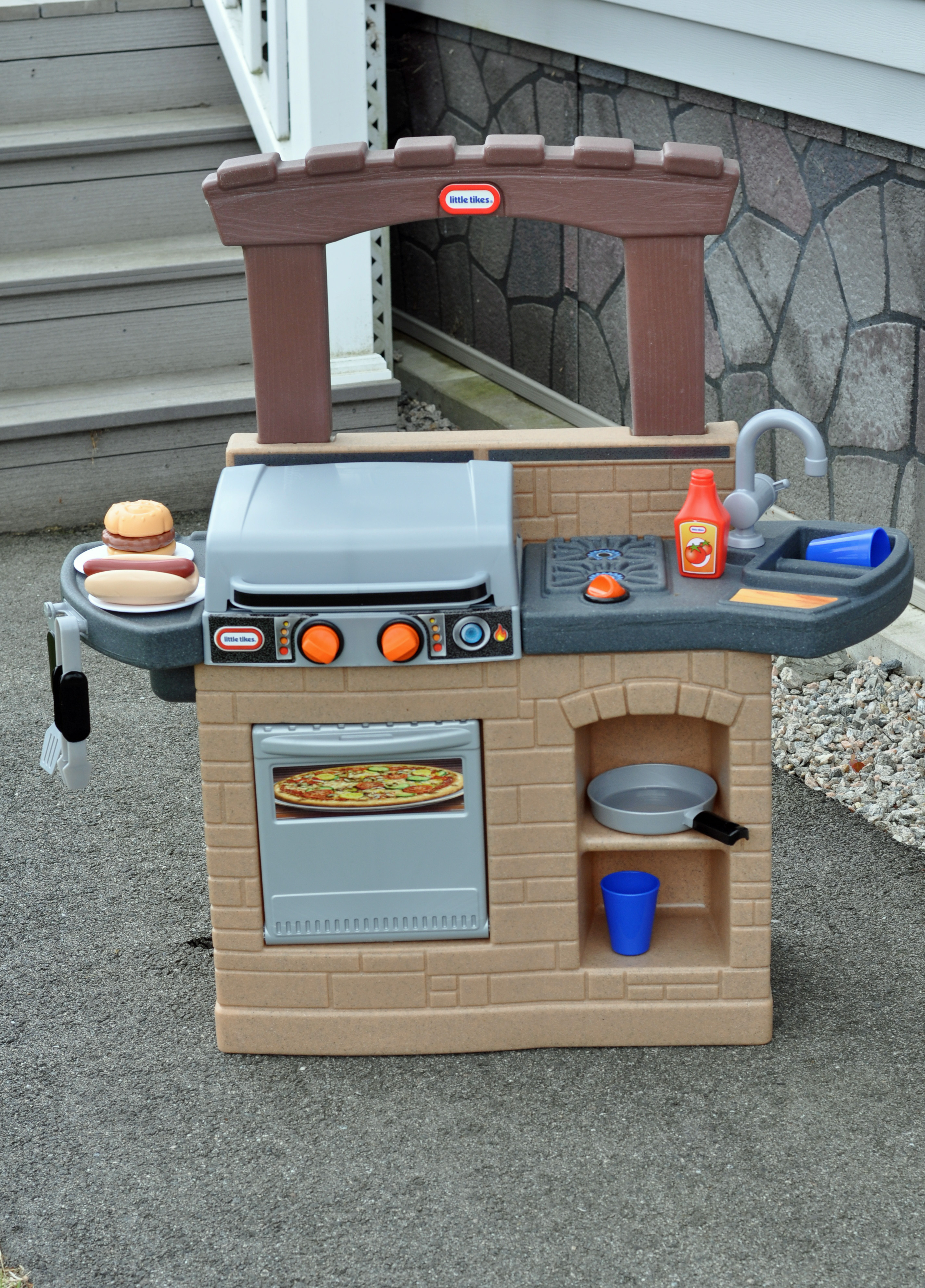 Anytime Is Grilling Time With The New Little Tikes Cook 'n ...