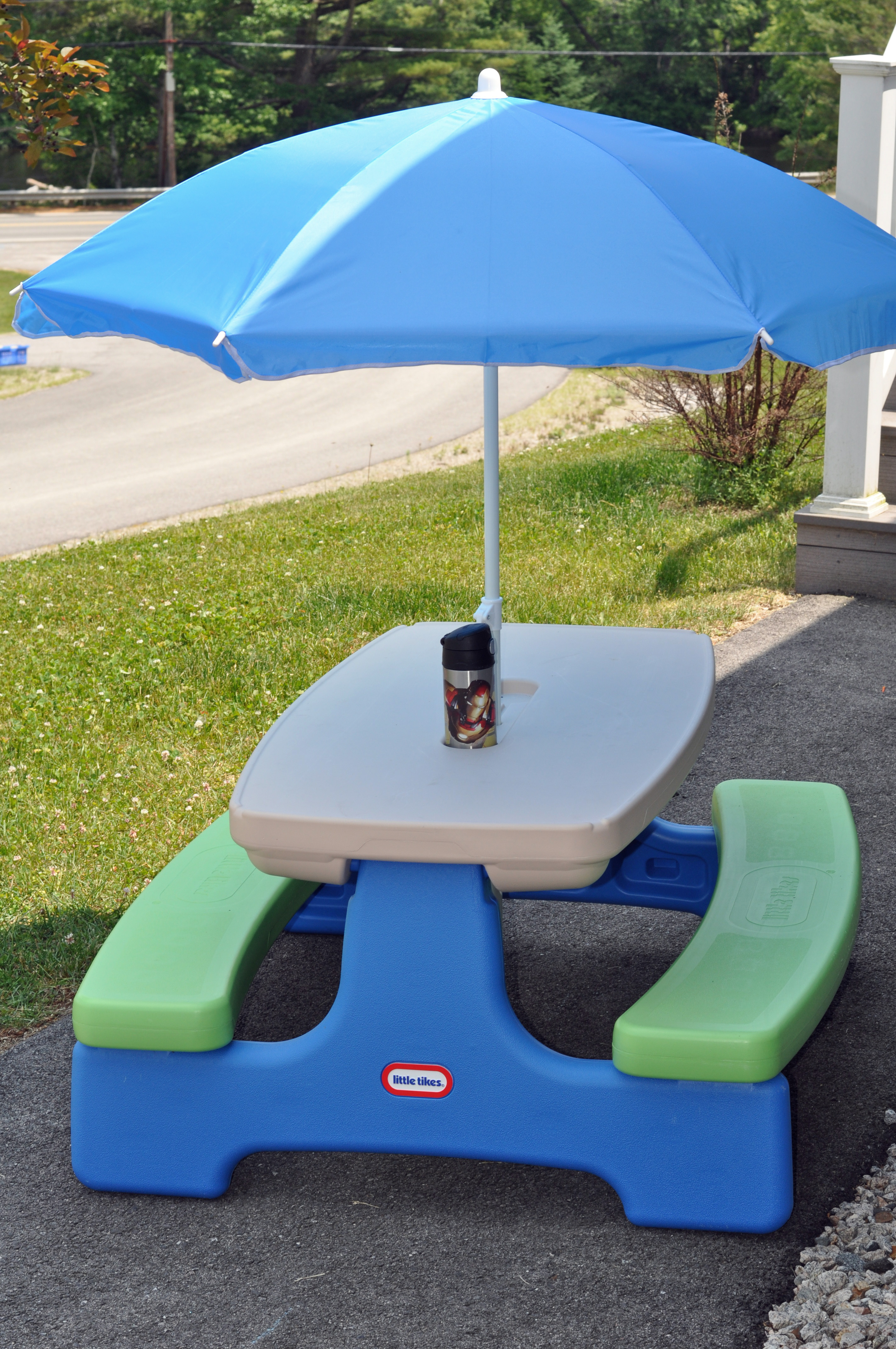 Little Tikes Picnic Table Easy Store Picnic Table With Umbrella