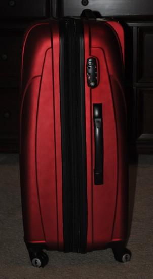 Atlantic Luggage Lumina 28 Inch Spinner