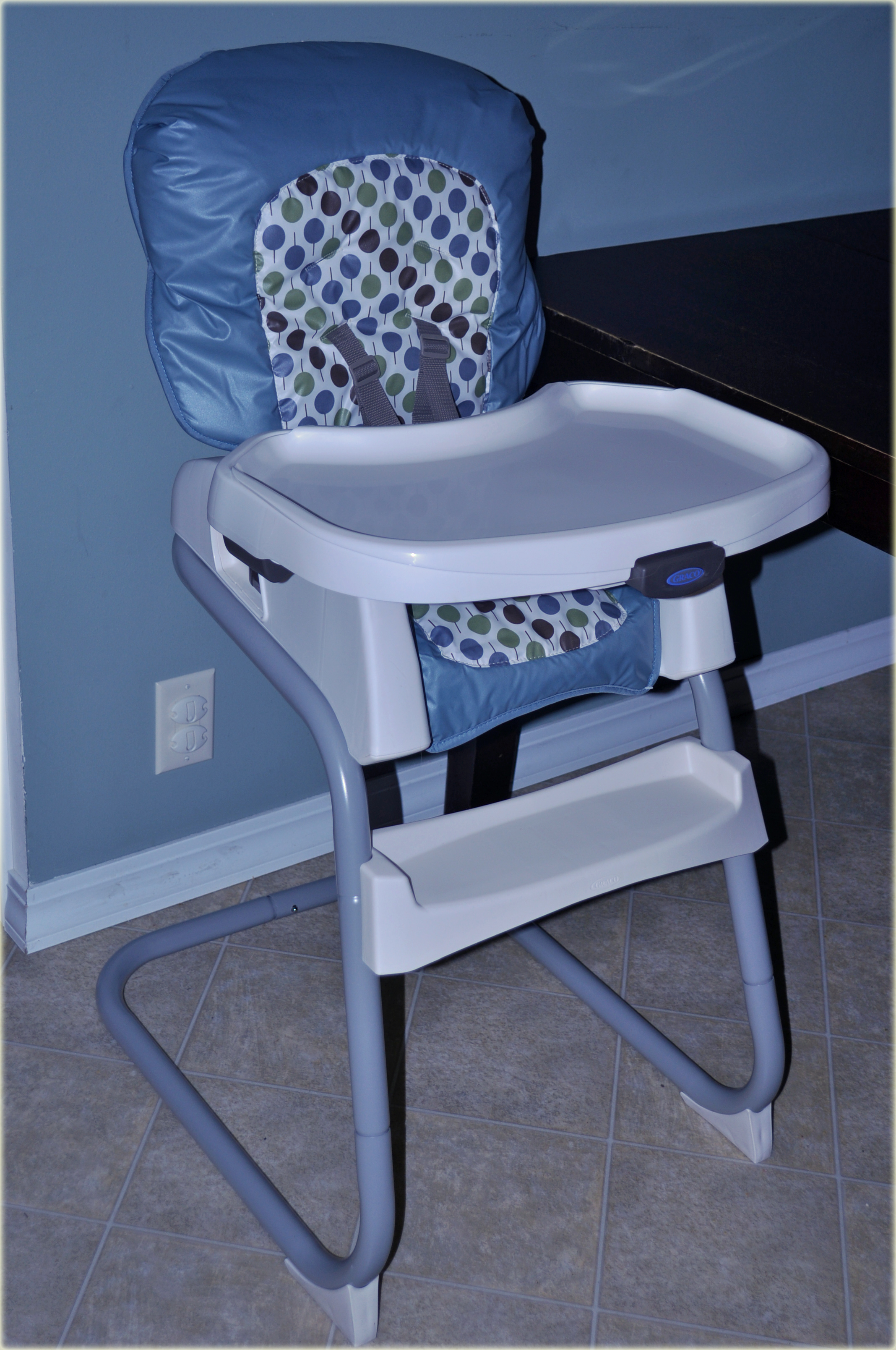 Graco s Newest Baby Gear Ready2Dine Highchair & Breaze Connect