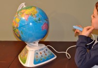 Explore Planet Earth With the SmartGlobe Discovery