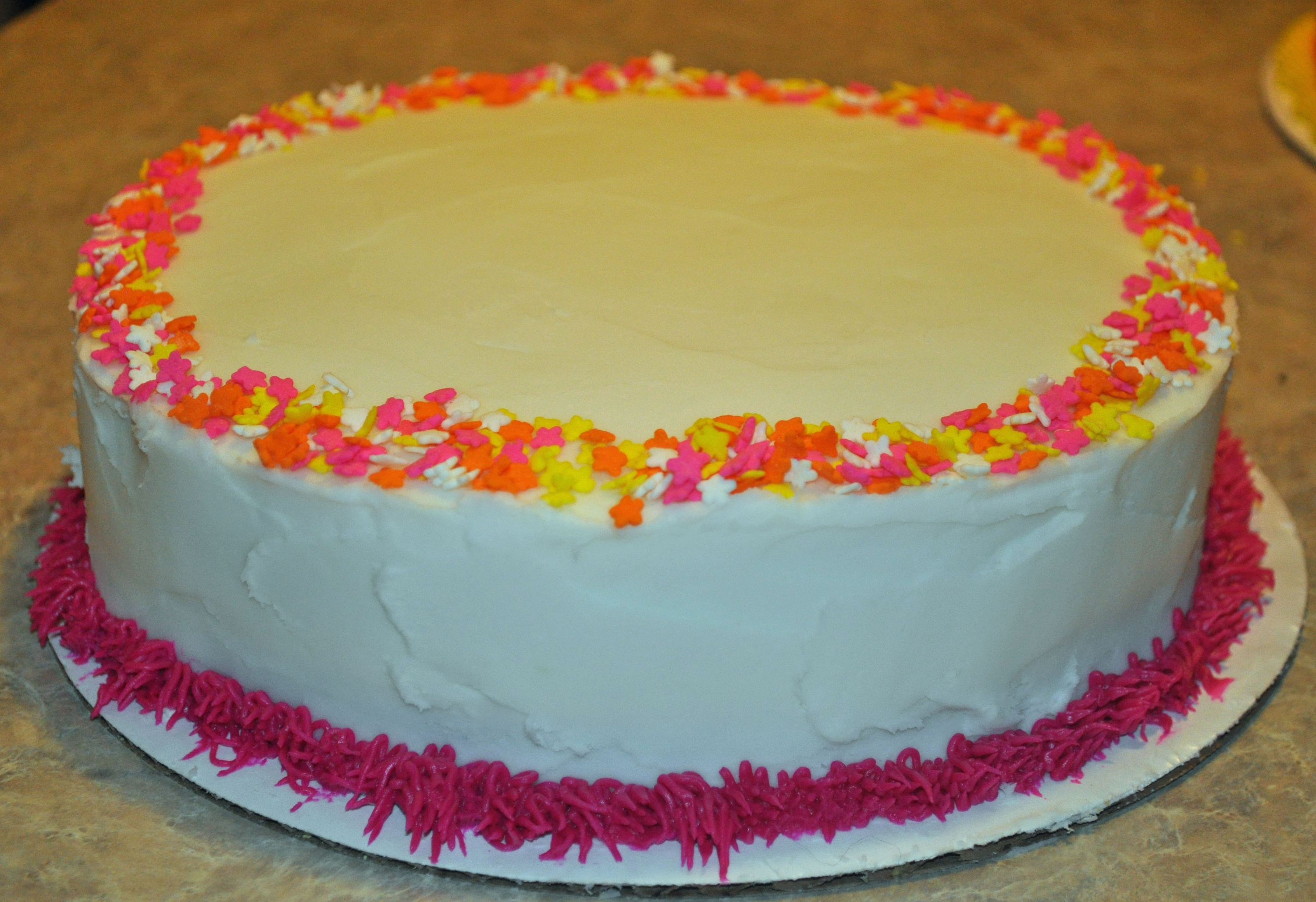 Cake Boss Decorating A Cake : Tips For Cake Decorating #CakeBossParty