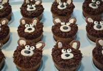 Hunting Birthday Party + How To Make Bear Cupcakes