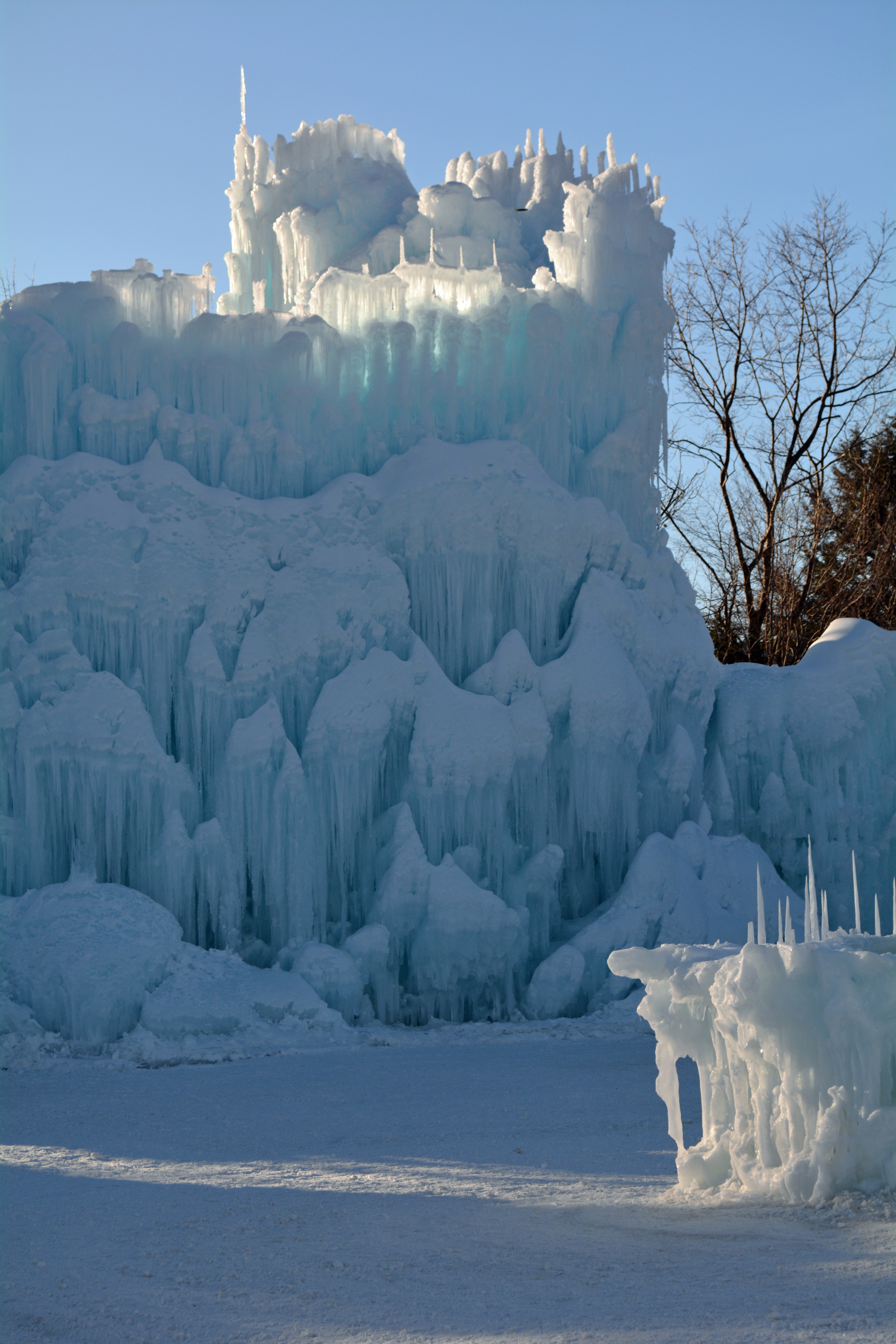 Ice Castles In Lincoln New Hampshire Mommy S Fabulous Finds