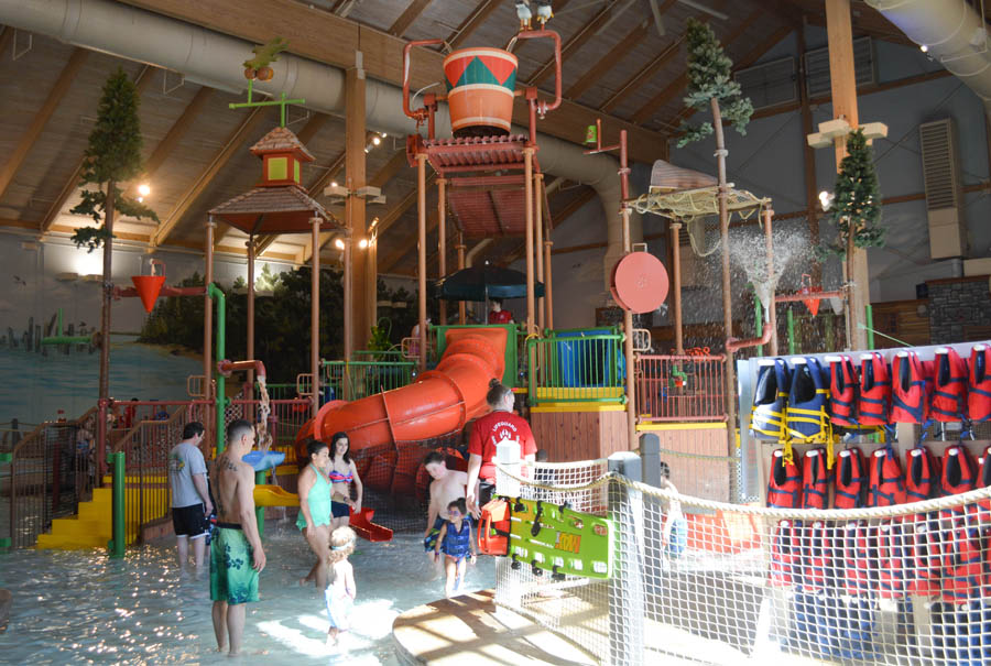 great wolf lodge ma waterpark