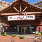 great wolf lodge new england entrance