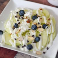 apple nachos with yogurt