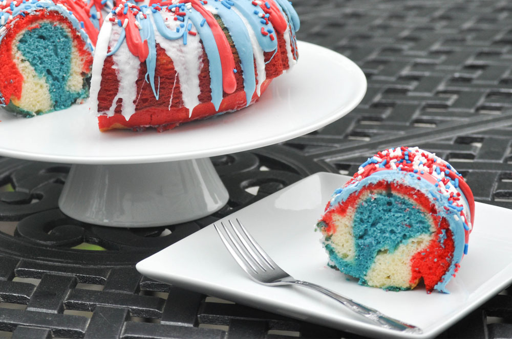 ... Recipe - Firecracker Red White and Blue Cake - Mommy's Fabulous Finds