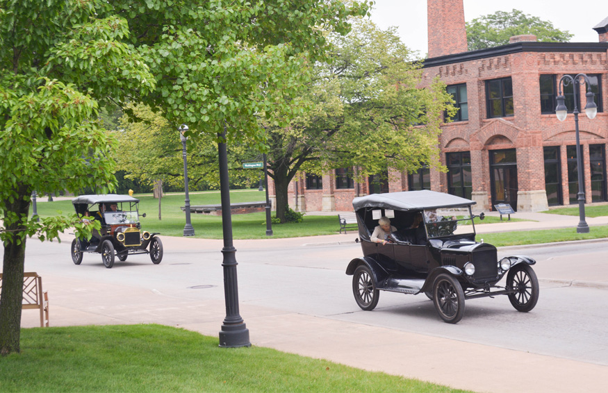 Henry Ford Model T rides at greenfiled village