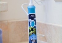 NEW Philips Sonicare For Kids with Bluetooth Technology