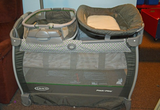 Pack 'n Play® Playard Nearby Napper 1