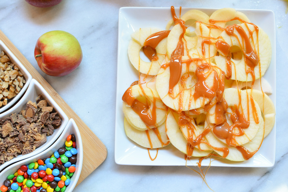 apple nachos with caramel