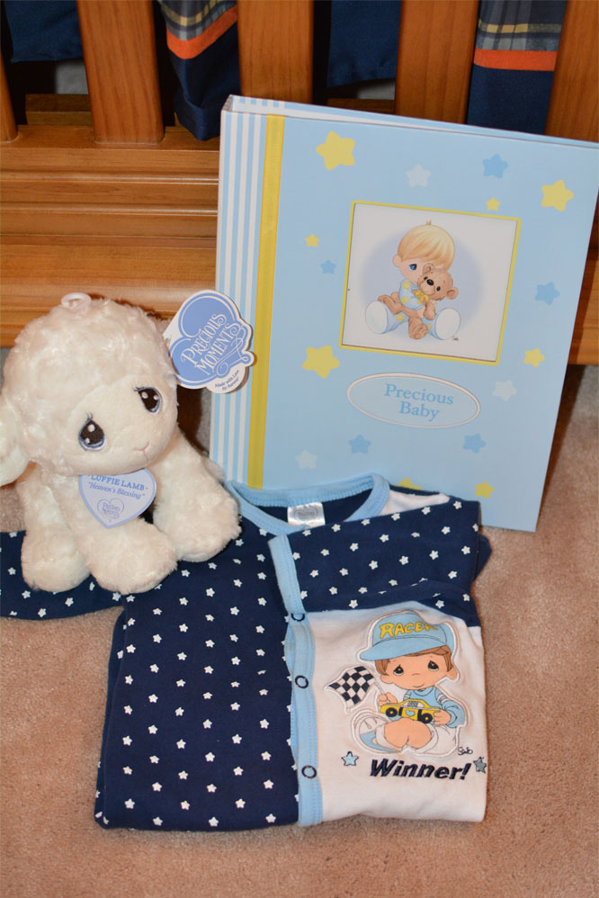 precious-moments-baby-gift