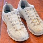 how to clean white shoes 2