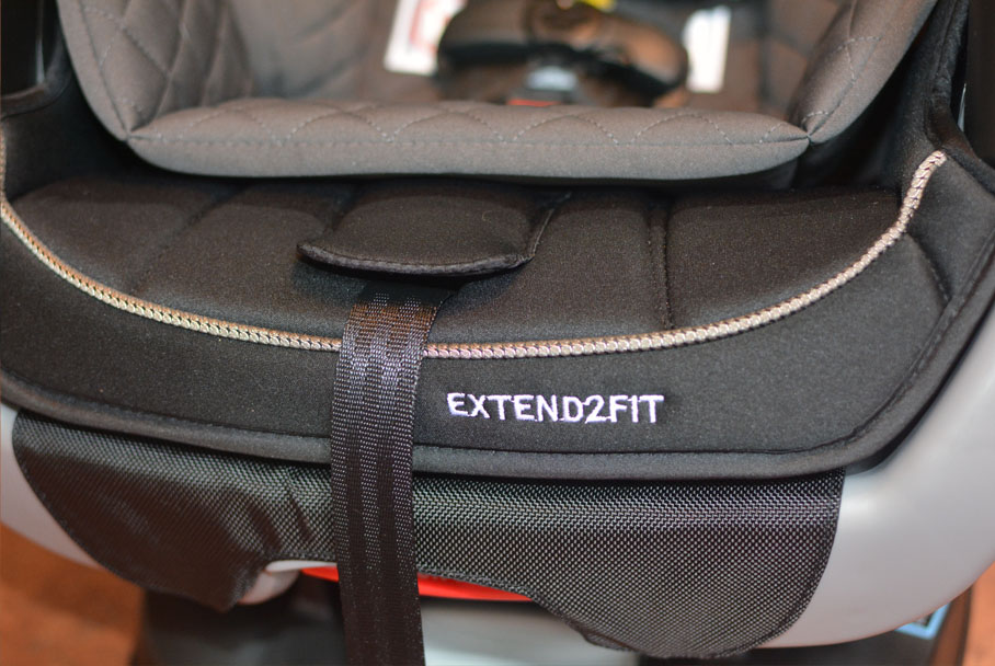 Graco Extend2Fit 4-in-1 CarSeat
