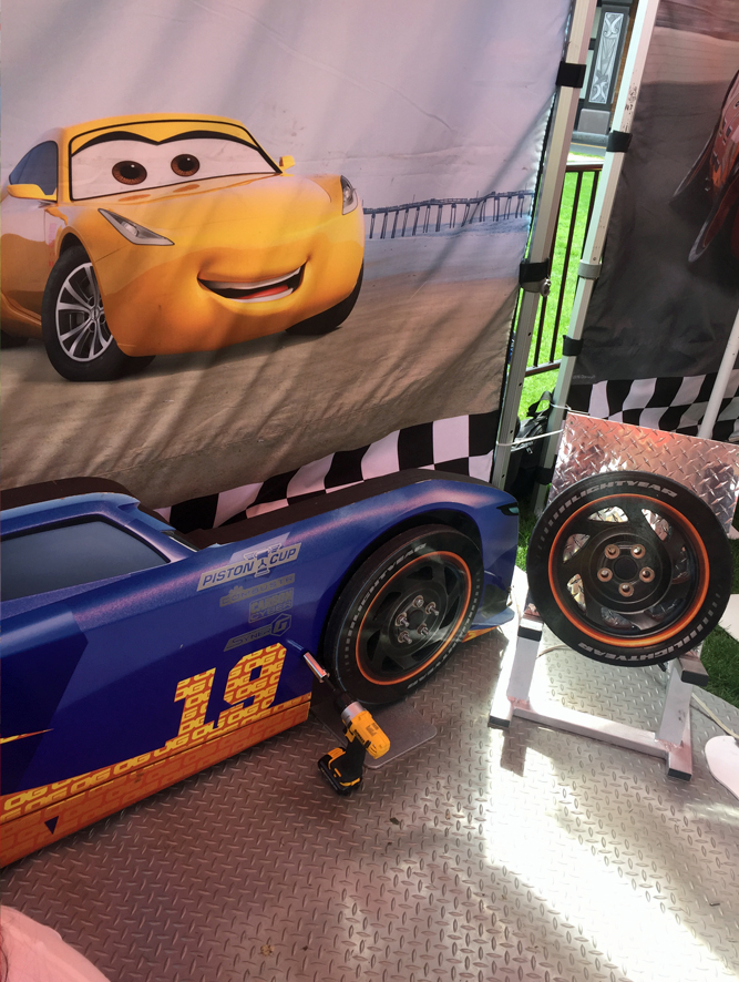 CARS 3 ROAD TO THE RACES TOUR ma