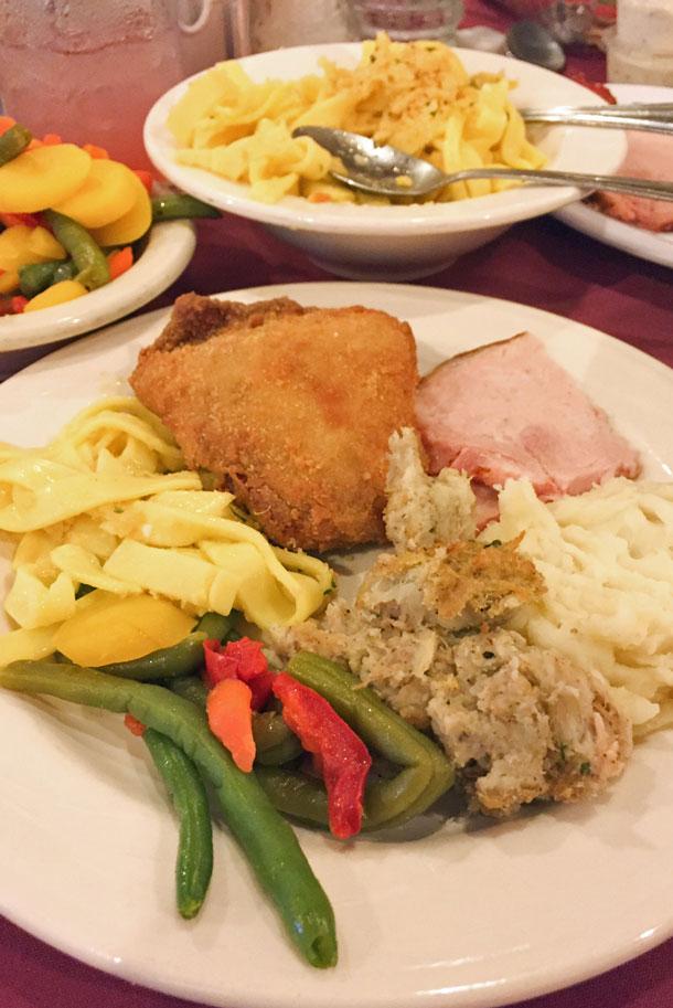 Bavarian Inn World Famous Chicken Dinner