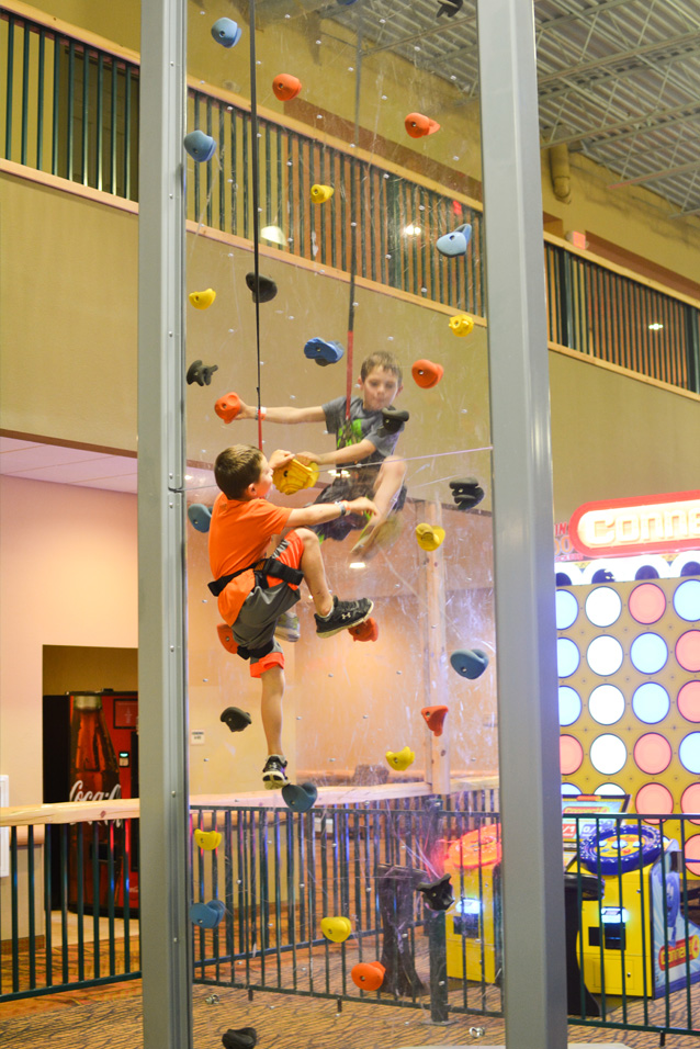 Great Wolf Lodge New England Things To Do With Kids In Ma