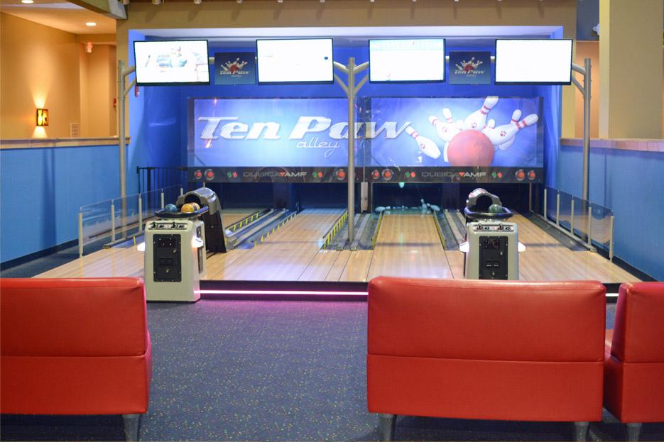 Great Wolf Lodge bowling
