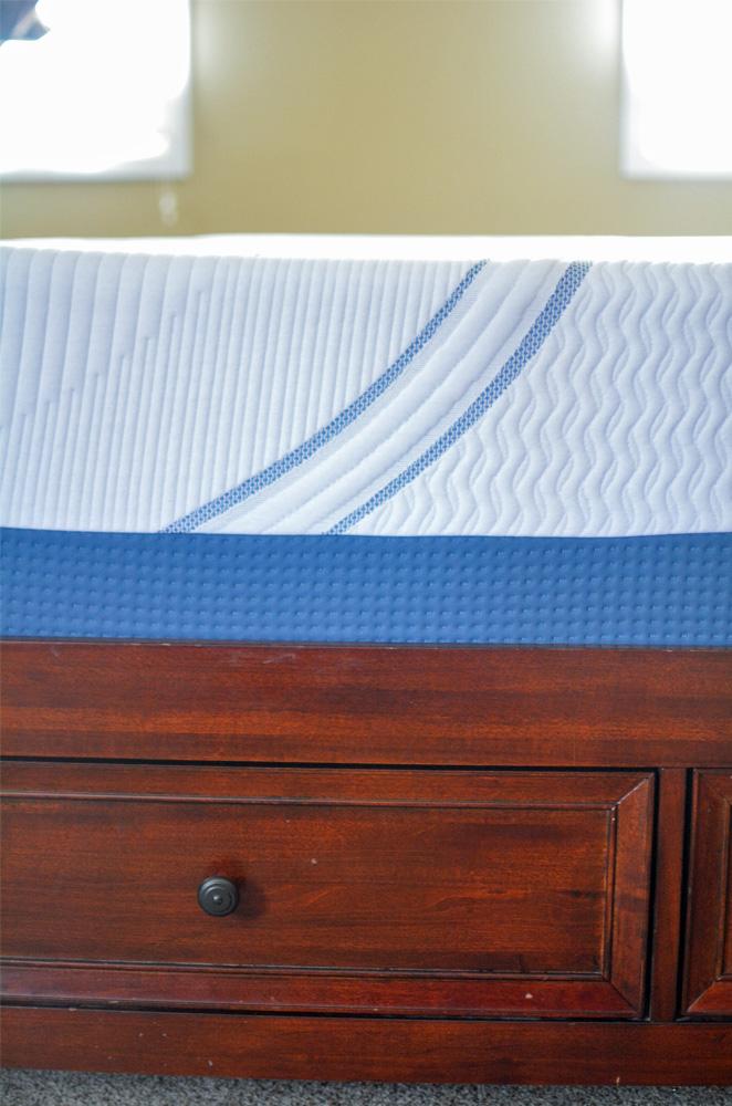 Serta SleepToGo Memory Foam Luxury Mattress