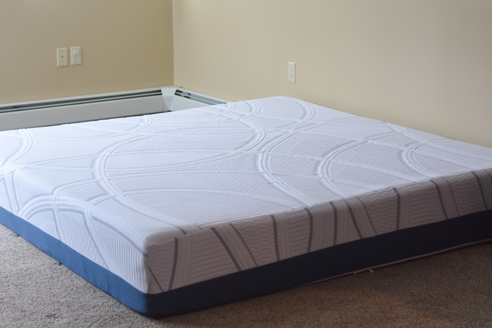 Serta Sleeptogo 12 Gel Memory Foam Mattress King Size Mommy S