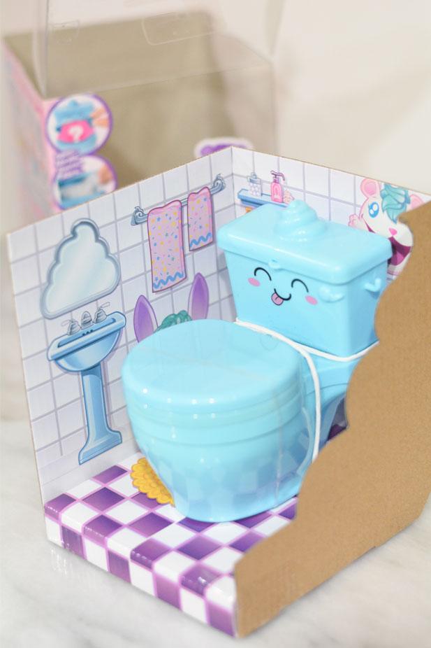 Pooparoos Surpriseroos packaging