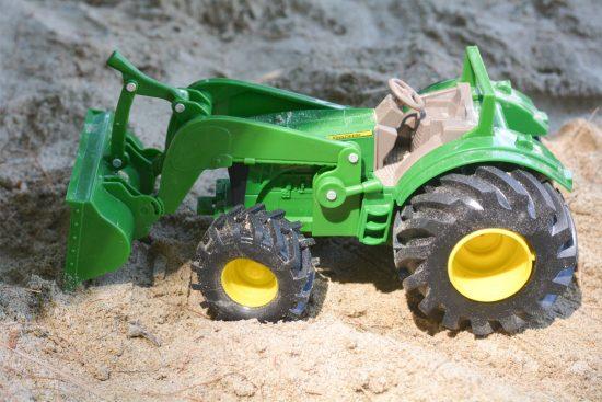 John Deere Crock : Outdoor fun with john deere monster treads tractor