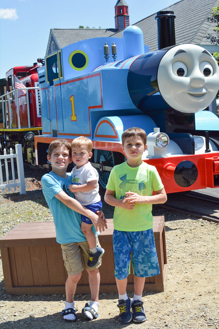 Edaville family theme park tips for visiting thomas land mommys stop by cran central junction ellis playhouse m4hsunfo