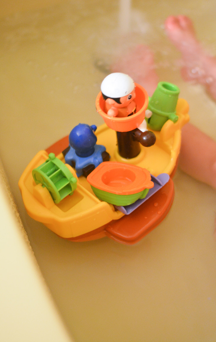 pirate ship bath toy - Mommy\'s Fabulous Finds