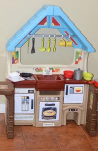 simplay3 garden view kitchen