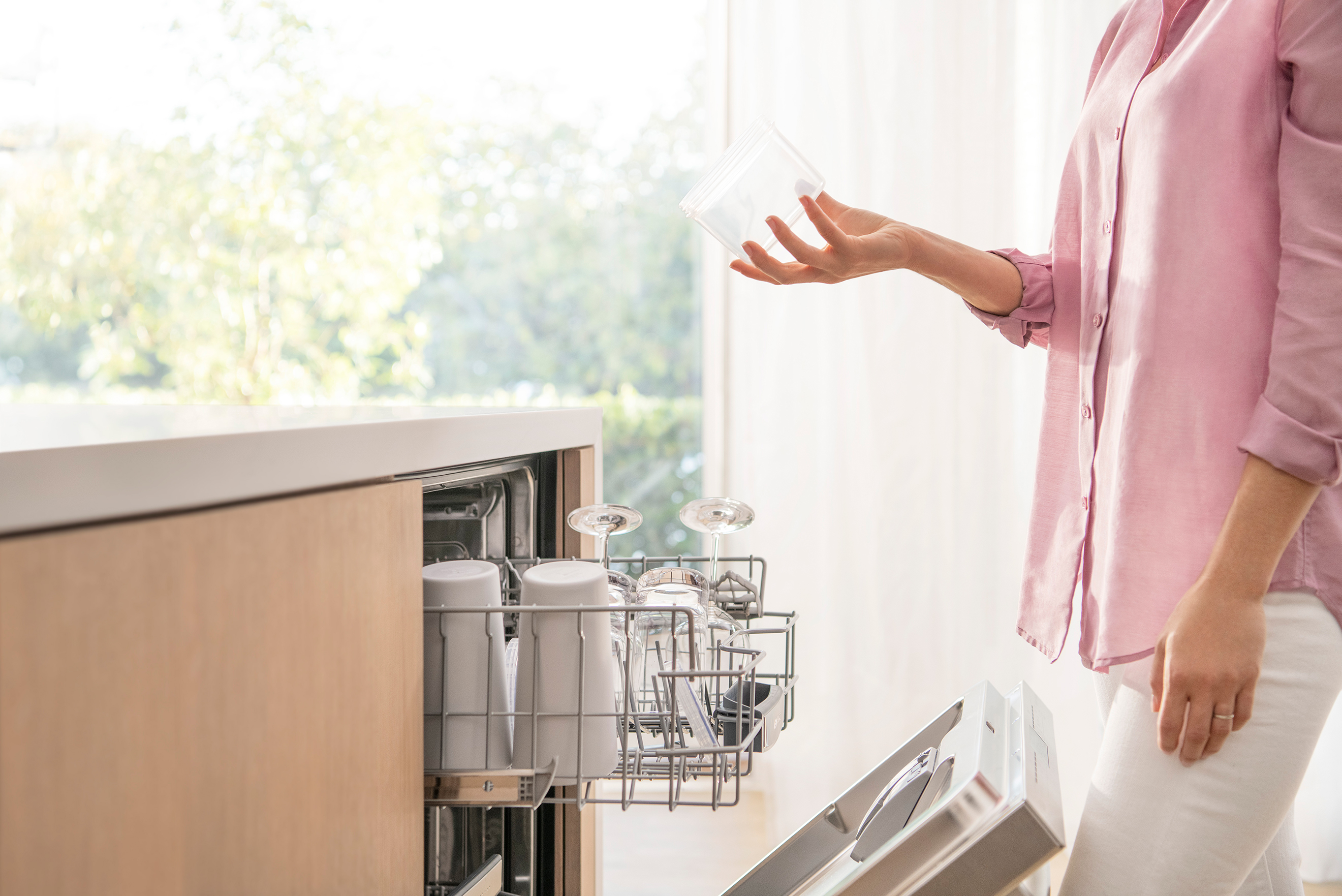 AutoAir™ Bosch 500 Series dishwasher