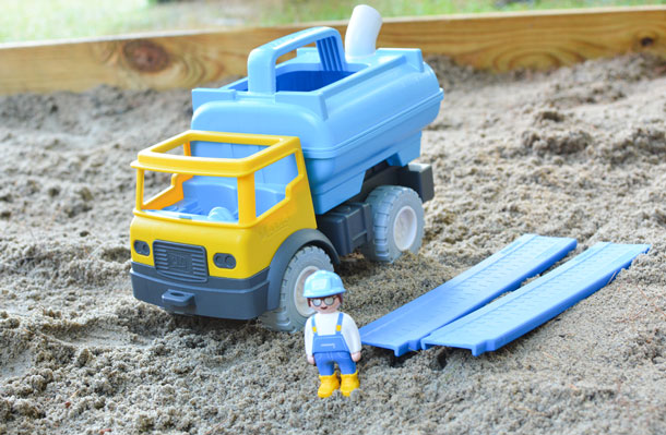 playmobil sand water tank truck